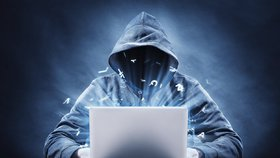 Online seznamky jsou rájem hackerů: Češi na nich sdílí osobní data i fotografie.