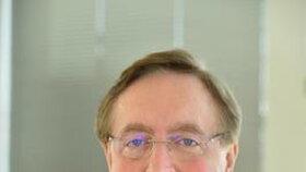 dermatolog profesor MUDr. Petr Arenberger