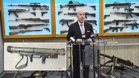 Lidé při zbraňové amnestii odevzdali 57 tisíc zbraní. Přinesli i raketomet