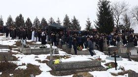 Pohřeb zavražděné Martinky se konal v Gregorovcích.