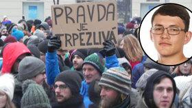 Brnem prošel smuteční pochod na počest zavražděných snoubenců Kuciaka (†27) a Kušnírové (†27).
