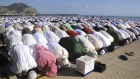 Muslimové se v turecké mešitě modlili 37 let špatným směrem (ilustrační foto)