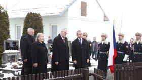 Prezident Zeman položil věnec k Masarykovu hrobu