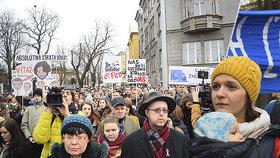 Protest v Praze: Stovky lidí demonstrovaly za nezávislé vyšetření Kuciakovy vraždy