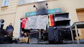 V Berlíně shořela mešita. Policie: Zřejmě jde o žhářství!