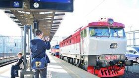 České dráhy se zajímají o koupi konkurenčních dopravců.