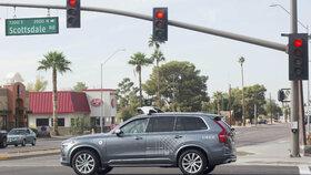 Testování aut probíhalo v Arizoně, San Franciscu, Pittsburghu, Phoenixu a Torontu