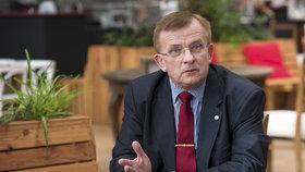 Vladimír Plášil je rád, že se ministerstvo obrátilo na pomoc.