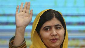 Pákistánská hrdinka Malala Júsufzajová se po šesti letech vrátila do Pákistánu.