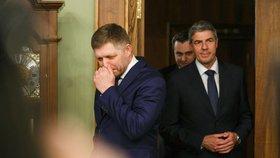 Slovenský expremiér Robert Fico (vlevo) po posledním jednání koaliční rady