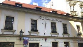 Místo žhavé noci velikonoční peklo: Turistku v Praze znásilnilo šest cizinců, hrozí jim až deset let vězení