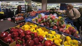 Během května zdražily především potraviny.
