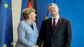 Gazprom v reakci na prohlášení Merkelové uvedl, že chce i nadále zachovat transit přes ukrajinu ve výši 10 až 15 miliard metrů krychlových ročně