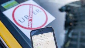 Jeden z kroků byl například v půlce července, kdy se tuzemské úřady dohodly se společností Uber, že bude finančním úřadům poskytovat údaje o řidičích, jenž si přes ni vydělávají.