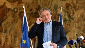 Ministr zahraničí Martin Stropnický v sobotu 14. dubna na tiskové konferenci
