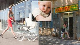 Obchody i kavárny odmítají rodiče s dětmi a kočárky. (Ilustrační foto)