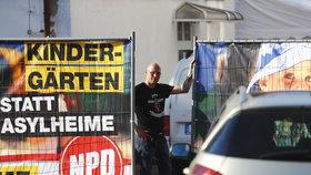 Ostritz - Festival neonacistů oddělovala od veřejnosti neprůhledná bariéra