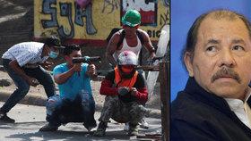Nikaragujský prezident Daniel Ortega odvolal důchodovou reformu, která v zemi vyvolala násilné protesty. Zemřely při nich nejméně dvě desítky lidí.
