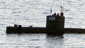Kim Wallová (†30) a Peter Madsen na palubě podomácky vyrobené ponorky