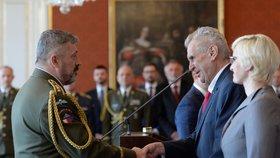Zeman jmenoval novým náčelníkem Generálního štábu Opatu.