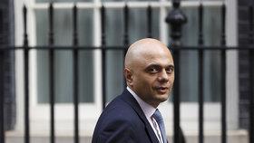 Novým britským ministrem vnitra je bývalý bankovní manažer Sajid Javid