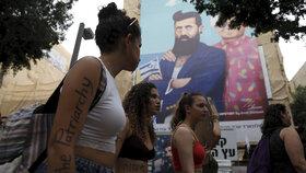 Tisíce žen v Tel Avivu protestovaly proti sexuálnímu násilí.