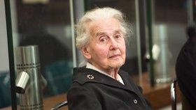Ursula Haverbecková (89) byla odsouzena k dvěma letům vězení za popírání holokaustu. Nikdy do něj ale nenastoupila