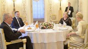 Miloš Zeman na státní návštěvě Polska: Večeře prezidentských párů