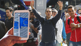 EU financuje projekt, který pomůže migrantům najít práci. Vznikne i mobilní hra  (ilustrační foto)