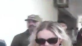 Tereza se v pákistánském vězení nechala potetovat a poprvé volala do Česka.