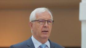 Jiří Drahoš oznamuje kandidaturu do Senátu (1. 6. 2018)