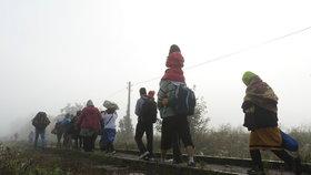 Vládní krize v Německu. Spor o vracení běženců z hranic se vyhrocuje.