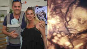 Tajnůstkář Miroslav Etzler je počtvrté otcem: Má syna Samuela! K porodu ale nesměl!