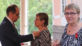 Ombudsmanka Šabatová obdržela nejvyšší francouzské vyznamenání, předal jí ho francouzský velvyslanec v ČR Roland Galharague