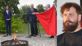 Spoluzakladatel Ztohoven Roman Týc ohodnotil Zemanovu hradní akci s pálením trenek.