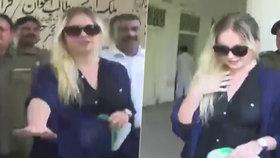 Pašeračka Tereza u pákistánského soudu (2. července 2018).