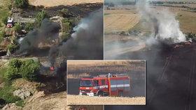 Hasiči zasahují na Mělnicku! Požár pole mají pod kontrolou.