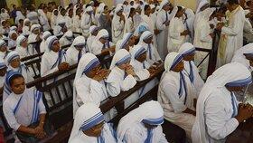 Pracovnice útulku Matky Terezy v Indii obchodovaly s dětmi, prodávaly je za několik tisíc.