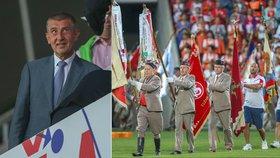 Premiér Andrej Babiš (ANO) na XVI. všesokolském sletu sklidil potlesk i pískot.