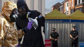 Britská policie nevylučuje, že kromě malé lahvičky z domu dvojice otrávené novičokem v Amesbury byly nervově paralytickou látkou kontaminovány i mnohé další doličné předměty. (foto z 9.7.2018).