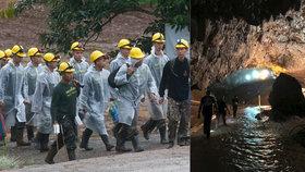 Záchranáři se dali opět do práce: Rozjeli akci na pomoc pro poslední čtyři chlapce a jejich trenéra uvězněné v jeskyni