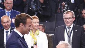 Francouzský prezident Emmanuel Macron se setká i s českým prezidentem Zemanem