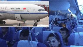 Pilot chtěl použít e-cigaretu, omylem ubral kyslík pasažérům