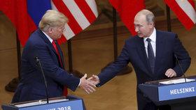 Společná tisková konference Donalda Trumpa a Vladimira Putina