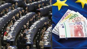 Europoslanci čerpají miliony na kanceláře, transparentní být nemusí.