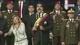 Maduro na přehlídce v Caracasu