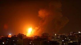 Na území Izraele bylo od středečního večera vypáleno přes 150 raket z palestinského Pásma Gazy, část z nich zachytil protiraketový systém Iron Dome (Železná kupole).