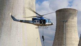 Vysočinu posílilo speciální policejní komando na ochranu jaderné elektrárny Dukovany (2016).