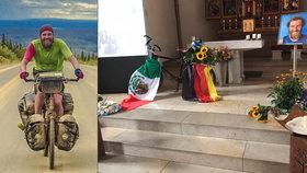 Rodina se naposledy rozloučila s cyklistou, kterého brutálně zavraždili v Mexiku.