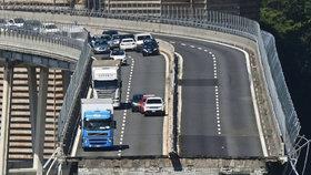 Pád dálničního mostu v Janově